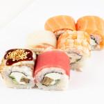 Океан|Цена:270руб. 8шт. Состав:лосось, окунь, креветка, угорь, тунец, омлет, сыр, огурец