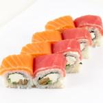 Радуга|Цена: 235 руб. 8шт. Состав:лосось, тунец, сыр, огурец, омлет